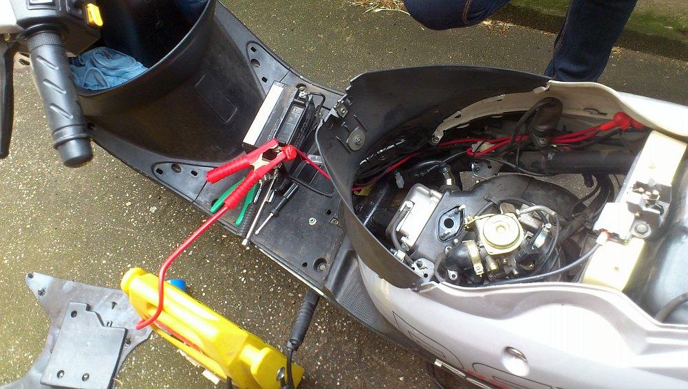Wenn ein Rex RS460 Roller nicht mehr anspringen will