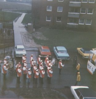 """Karnevalszug """"Buschacker"""" eben :-)"""